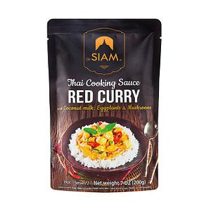 Rote Thai Curry Kochsauce mit Kokosnussmilch, Auberginen und Pilzen